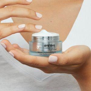 5/$25🌿 it • Bye Bye Under Eye Cream